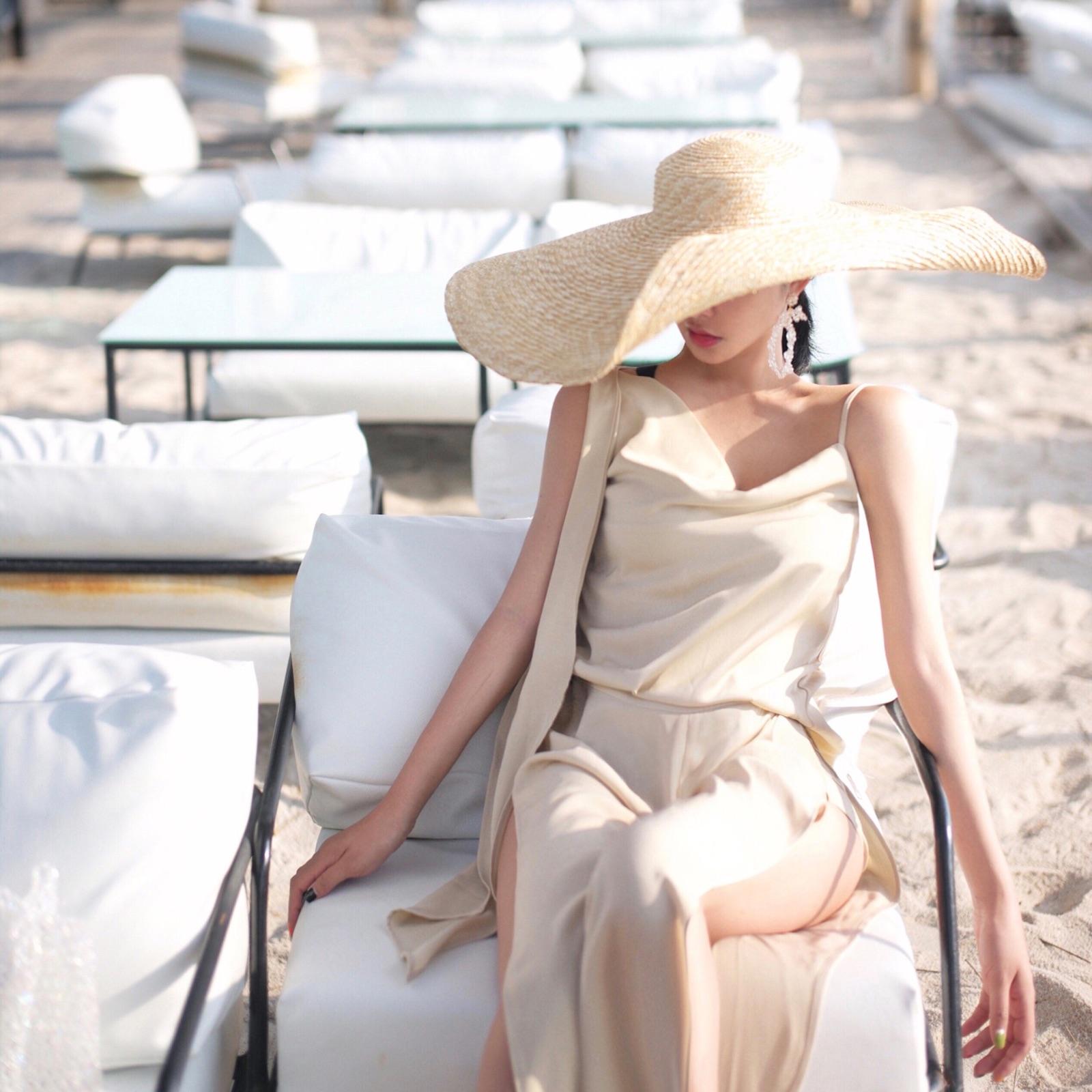 阳光的味道 奶油米飘带背心 大开叉沙滩裤 内有防走光短裤