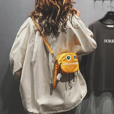 上新可爱小包包女新款秋冬潮时尚百搭丑萌手提单肩斜挎包