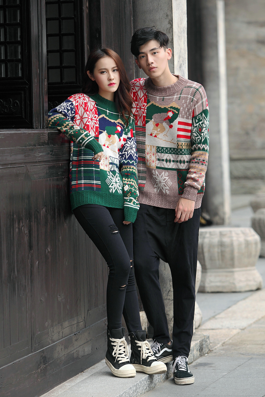 Mùa thu và mùa đông phong cách cao đẳng gió lỏng màu khâu trong áo len dài áo len dày vài mô hình Bắc Âu áo thun