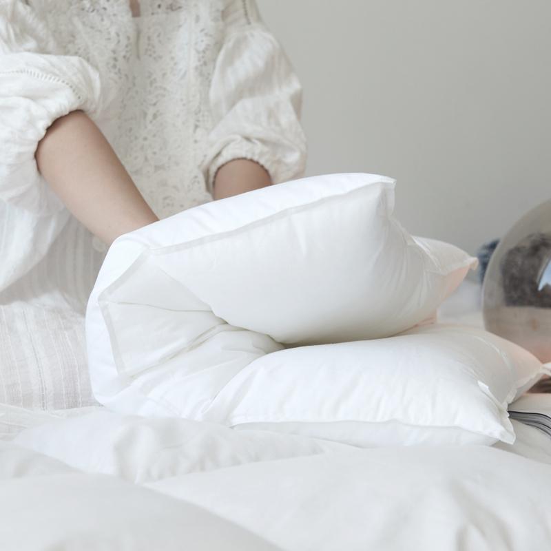纯棉舒适云柔枕头枕芯成人长方形全棉枕超柔情侣家用枕芯一对装