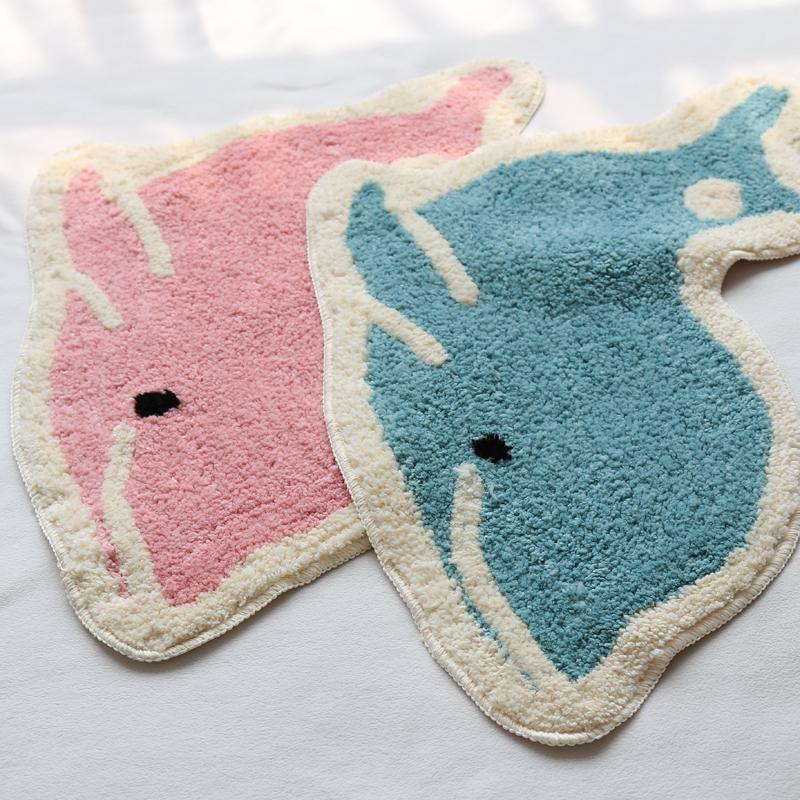 可爱卡通小鲸鱼簇绒地垫吸水脚垫儿童房小地毯防滑防尘床边垫子