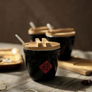 家用创意陶瓷带勺盖调味瓶罐福字缸