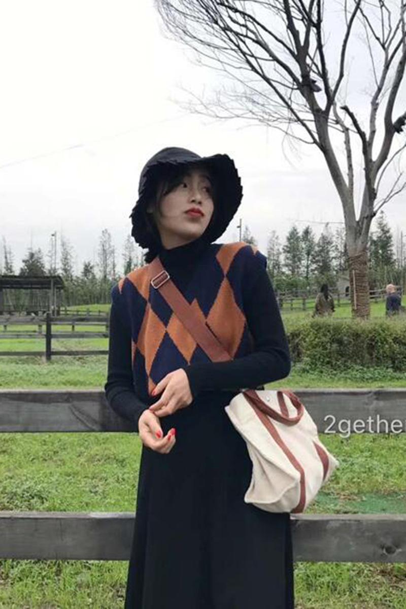 2018 mùa thu Hàn Quốc phiên bản của retro hoang dã England rhombic V-Cổ tay đan vest cao đẳng gió vest áo len phụ nữ Áo vest
