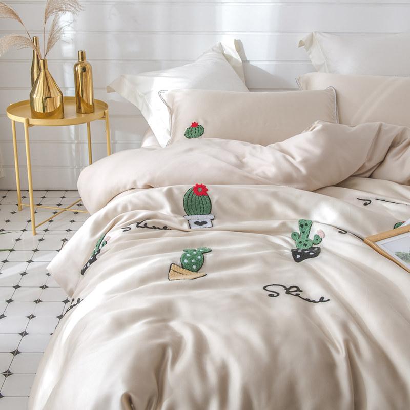 60支进口天丝四件套立体毛巾绣刺绣仙人掌莱赛尔裸睡床上用品