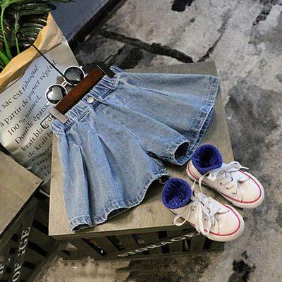 中小童女童夏新品时尚宽松纯色牛仔裤 宝宝休闲舒适儿童裙裤