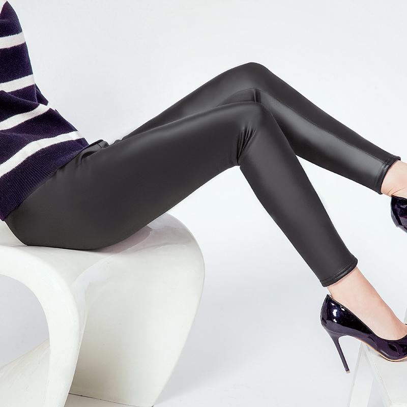 加绒仿皮打底裤保暖秋冬季黑色加厚皮裤小脚长裤大码外穿紧身女裤