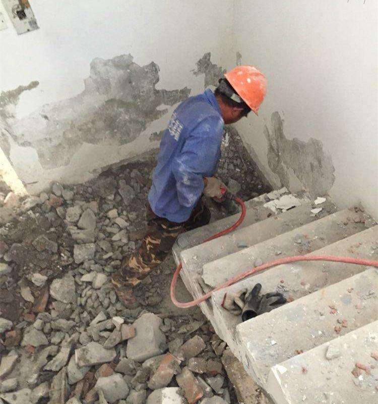 成都装修打墙拆除工人价格?