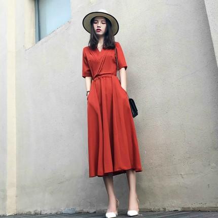 大码女装2019夏季新款V领雪纺连衣裙胖mm很仙的法式复古过膝长裙
