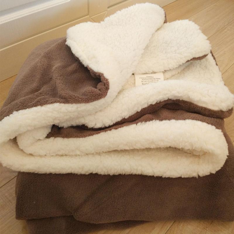 居家日用双层加厚小毛毯盖毯珊瑚绒