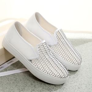 2018 mùa xuân trắng một bàn đạp giày lười giày đáy dày sinh viên giày phẳng giày vải giản dị giày của phụ nữ