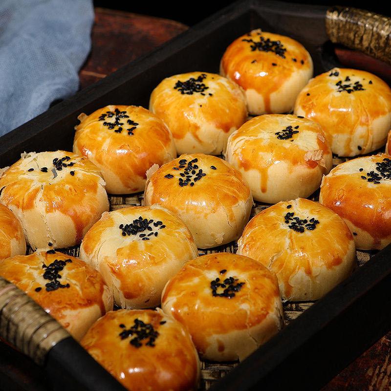 蛋黄酥雪媚娘网红零食早餐食品