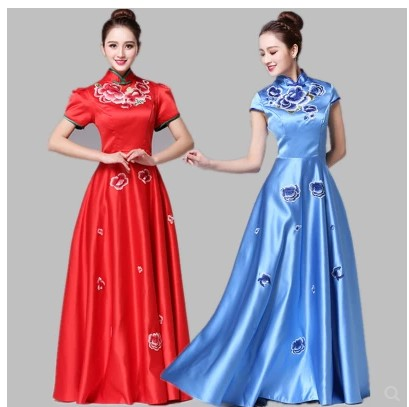 New embroidered Chinese style chorus chorus costume adult female dress long modern chorus dress