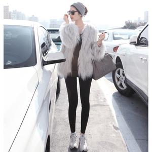 Mùa thu và mùa đông của phụ nữ phong cách mới Deng Ziqi với cùng một đoạn của phụ nữ dài tóc giả lông thú áo khoác màu xám trắng hồng chống mùa
