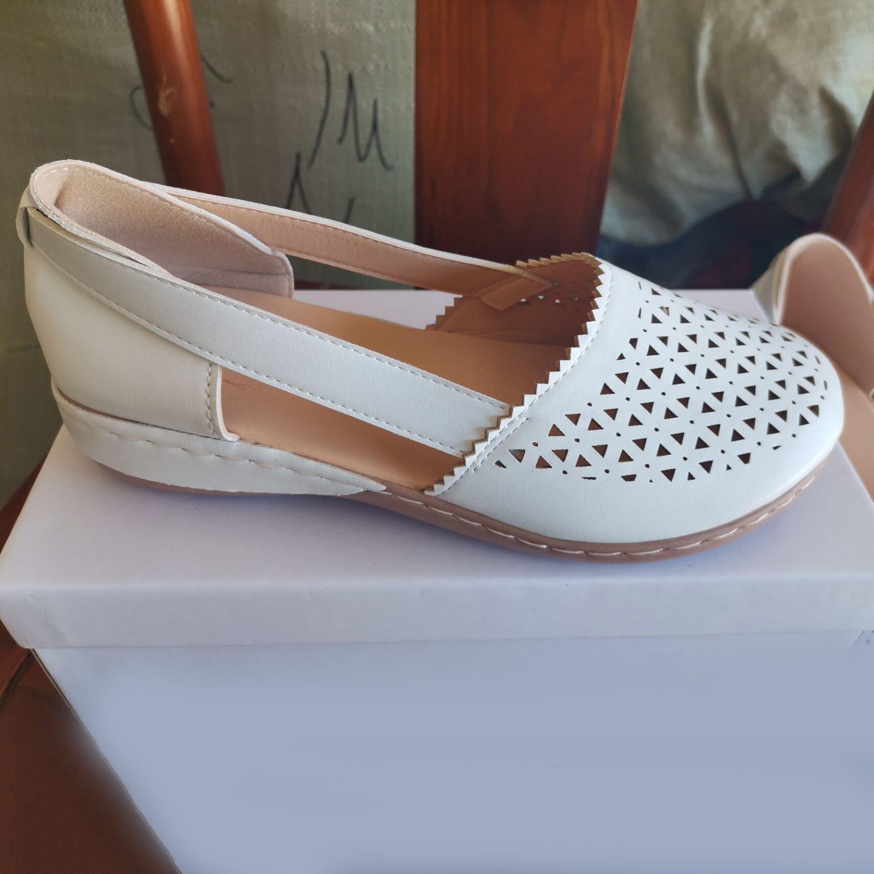 35-43大码女凉鞋洞洞鞋透气外贸新款鞋女夏圆头坡跟跨境中空单鞋