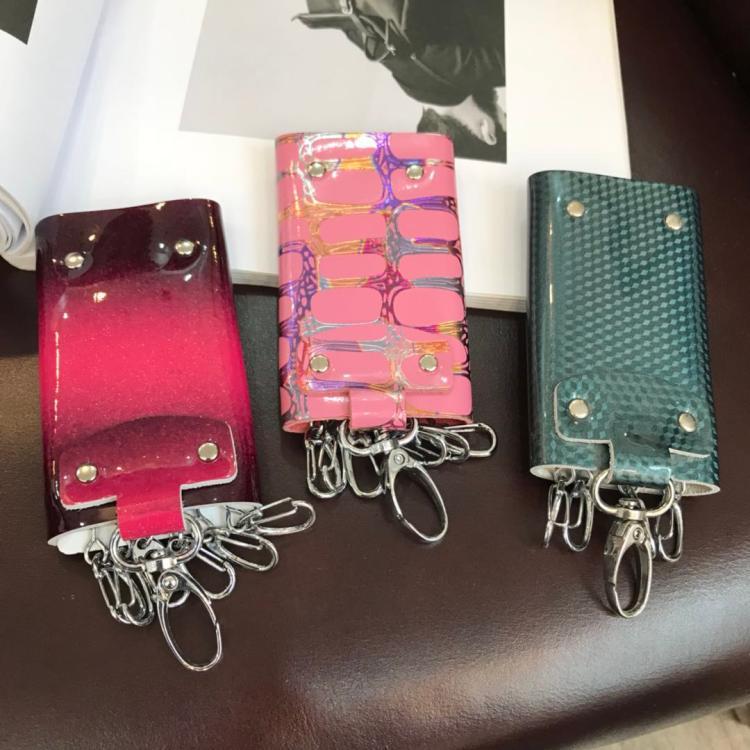 Wayward! ! ! Da bò đầy đủ! ! ! Túi chìa khóa thẻ gói nhiều màu retro! B16-2
